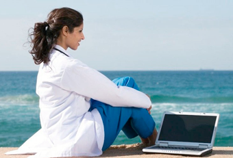 Сколько отпуск у врачей в поликлинике